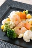 海老と秋野菜の柚子香り炒め