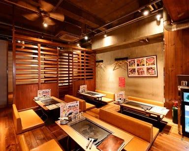 もんじゃ焼き×焼き肉 鑠鑠(しゃくしゃく) 名駅店 店内の画像