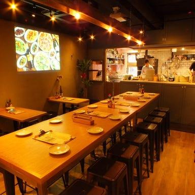 CONA 五反田店 店内の画像