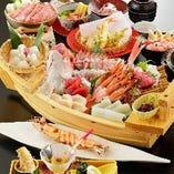 お祝いに。福会席から4名様以上のご予約で鯛の船盛に変更も可能