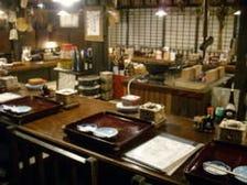秋田の古民家のカウンター席