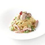 牡蠣 ベーコン オクラのペペロンチーノ