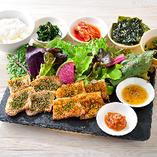 美肌ハーブサムギョプサル韓定食