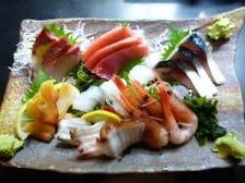 旬の魚を刺盛一人前から食べられます