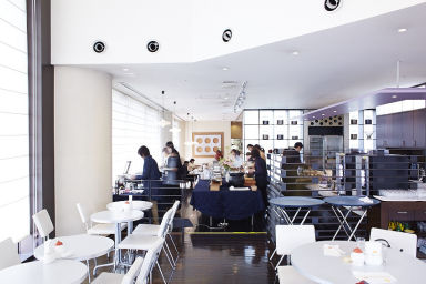 CAFE & DINING COO  店内の画像