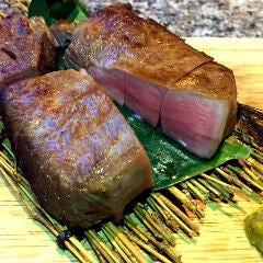《受付時間:16:00~》 山形牛ステーキや本マグロぶつ盛りなど、お店の味をご自宅でも!