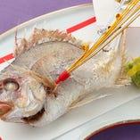お祝い事に最適な「鯛の浜焼き」が付いたコース