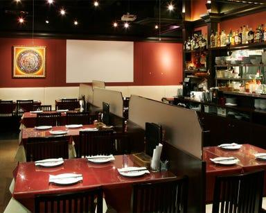 Asian Dining &Bar SAPANA パレスサイド店 店内の画像