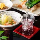 九州の地酒も多数ご用意!食器も地元の名産を使用しております