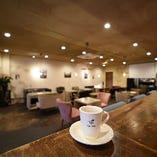 落ち着いている店内で、ゆっくりカフェタイムをしませんか?