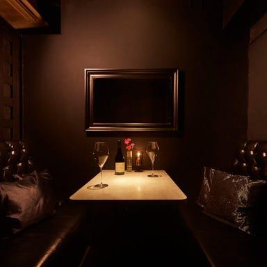 3×3 DINING LOUNGE  店内の画像