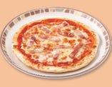 パンチェッタのピザ