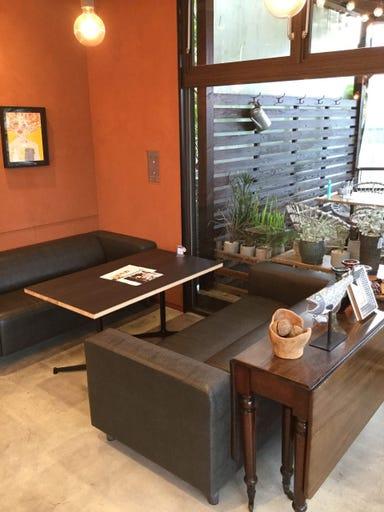 食堂カフェpotto 吹田紫金山公園店  店内の画像