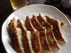 とっても美味しい焼き餃子 (一人前)