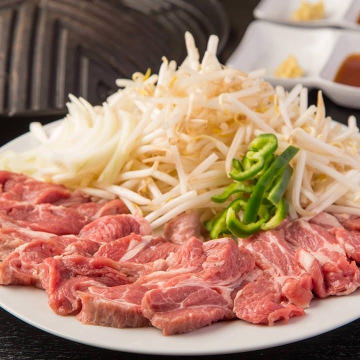 臭みがまったくない高級肉『サフォーククロス生ラム』を使用