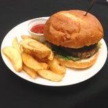 ハンバーガー&チップス (HAMBURGER&CHIPS…QUARTER POUNDER)