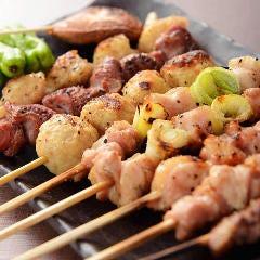 焼鳥や串揚げなど、一品料理のテイクアウトもOK! 晩酌のお供や夕食に一品追加もおすすめです♪