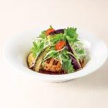 シャキシャキ大根と香味野菜の生姜醤油ハンバーグ