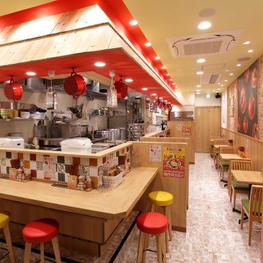 太陽のトマト麺 with チーズ 三宮駅前店  店内の画像