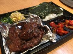 焼肉弁当 1200円夏場は休止中です。