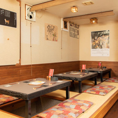 秋田の地酒と炭焼き 成瀬  店内の画像