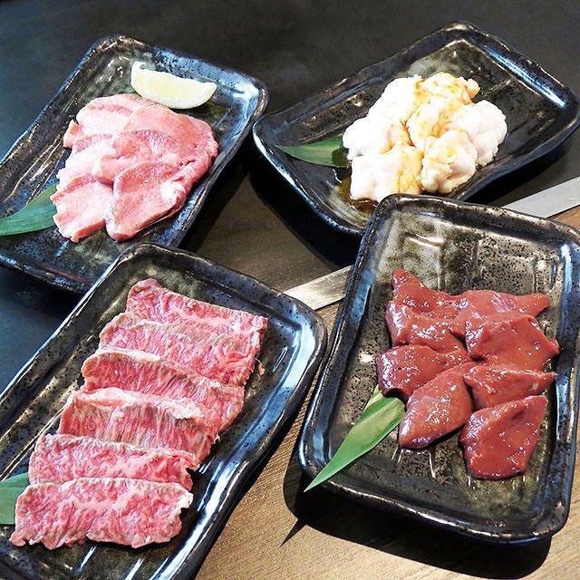 肉の仕入れに本気です!おつまみも豊富です