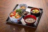 おまかせ海鮮丼定食