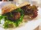 アイスランドの羊を使用したハンバーガー