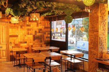 ニッカブロックカフェ 原宿  店内の画像