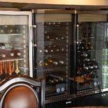 ワインは店内のワインセラーで徹底管理