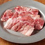 「厚切り上ハラミ 」の肉質は、その柔らかさが特徴です