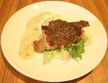 ビュッフェのメイン料理!「若鶏のペッパーグリル」