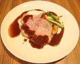 ビュッフェのメイン料理!「ローストポーク 季節の野菜と」