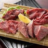 厳選したA4&A5の黒毛和牛を仕入れております。肉本来の旨味をご賞味あれ
