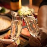 シャンパンも各種取り揃えております。記念日や誕生日はシャンパンで乾杯も◎