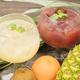 自家製で作るフルーツをふんだんに使用した大人気サングリア。