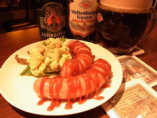 ビールに合うコチラのカレーヴルストが オススメ ポテサラ付き
