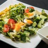 ゴロゴロ野菜のコブサラダ