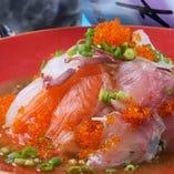 トロハチ海鮮サラダ