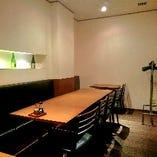 最大18名様までご利用可能な宴会個室もございます。