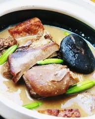 ヤギ肉の薬膳土鍋煮