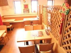中華火鍋 食べ放題 南国亭 横須賀中央店 店内の画像
