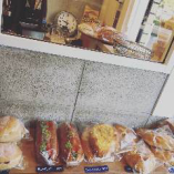 月に1回、中央区高砂の人気パン屋さんのパンを販売しています♪