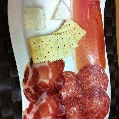 生ハム&サラミ&チーズ盛り合わせ