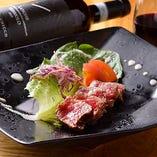 入手困難な渥美牛サーロインステーキは必食の一品!