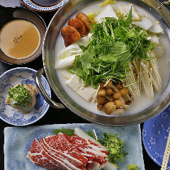 京風桜鍋(本日のバラ・手作り馬つくね・お野菜盛り・お豆腐)