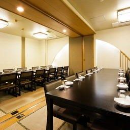 テーブル席・完全個室(壁・扉あり)・10名様~20名様