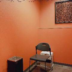 各フロアに喫煙室をご用意しています。
