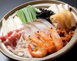 豚タラキムチ鍋 1630円 (税込)