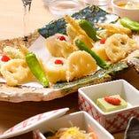 コース内料理:はものチーズ巻と夏野菜の天ぷら。